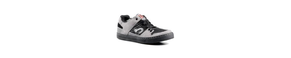 Shoes - Rumble Bikes